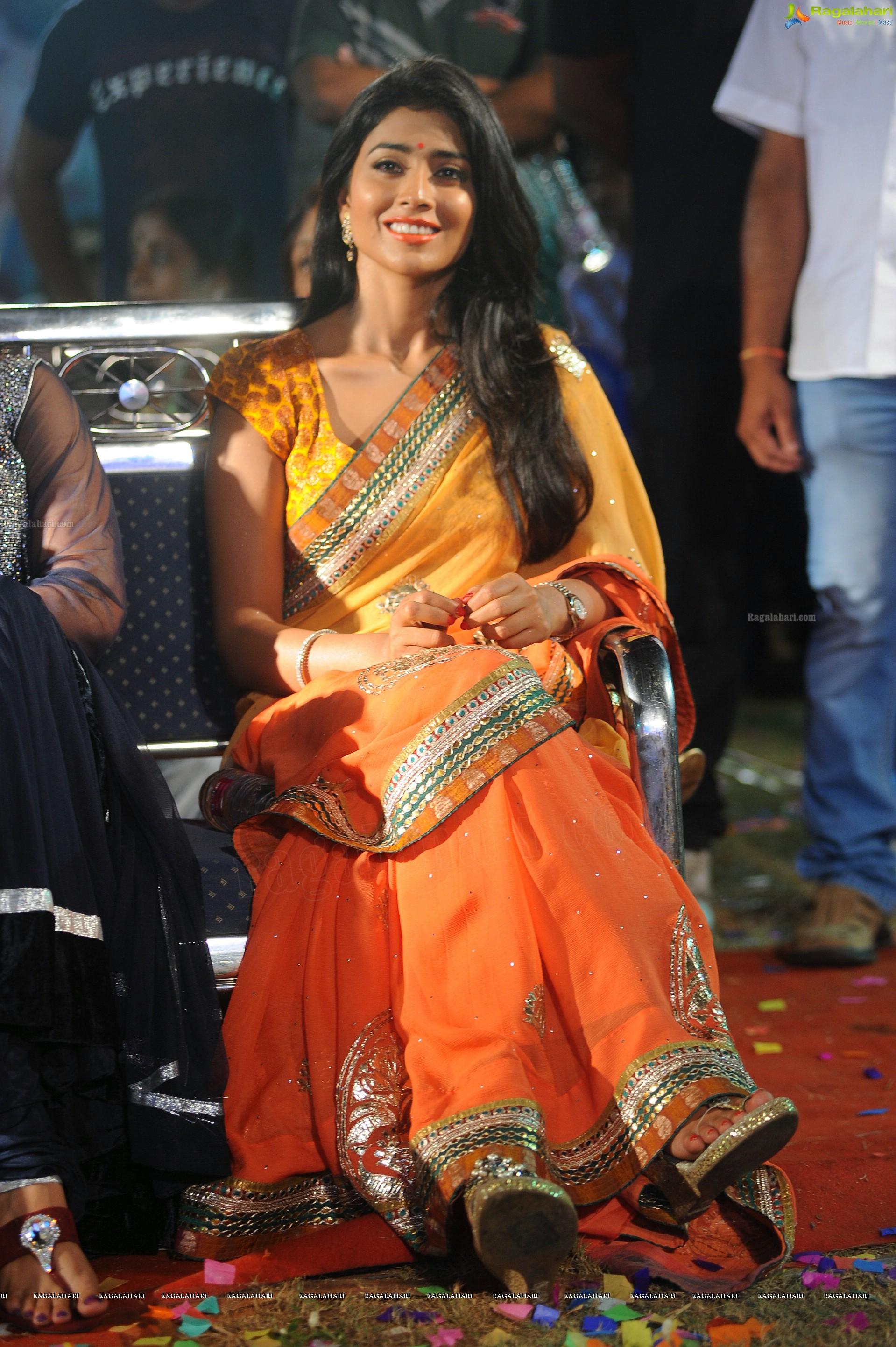 Shriya Saran (HD)
