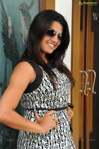 Tashu Kaushik at Santosham Magazine Press Meet