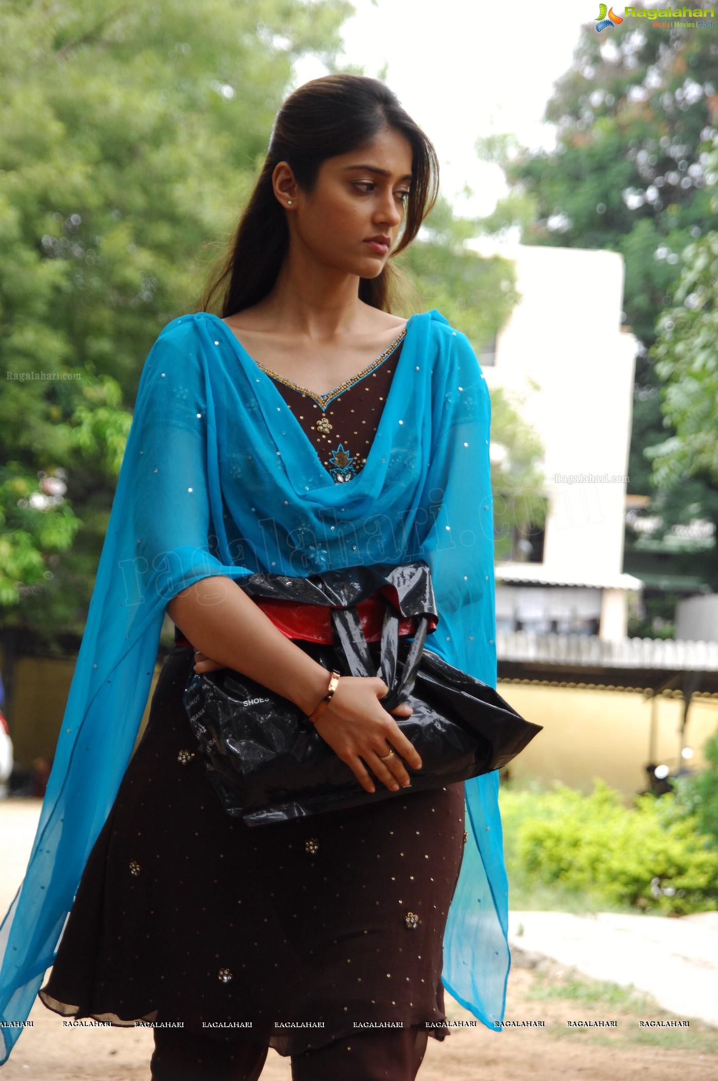 Beautiful Ileana in Nenu Naa Rakshasi - High Resolution Posters