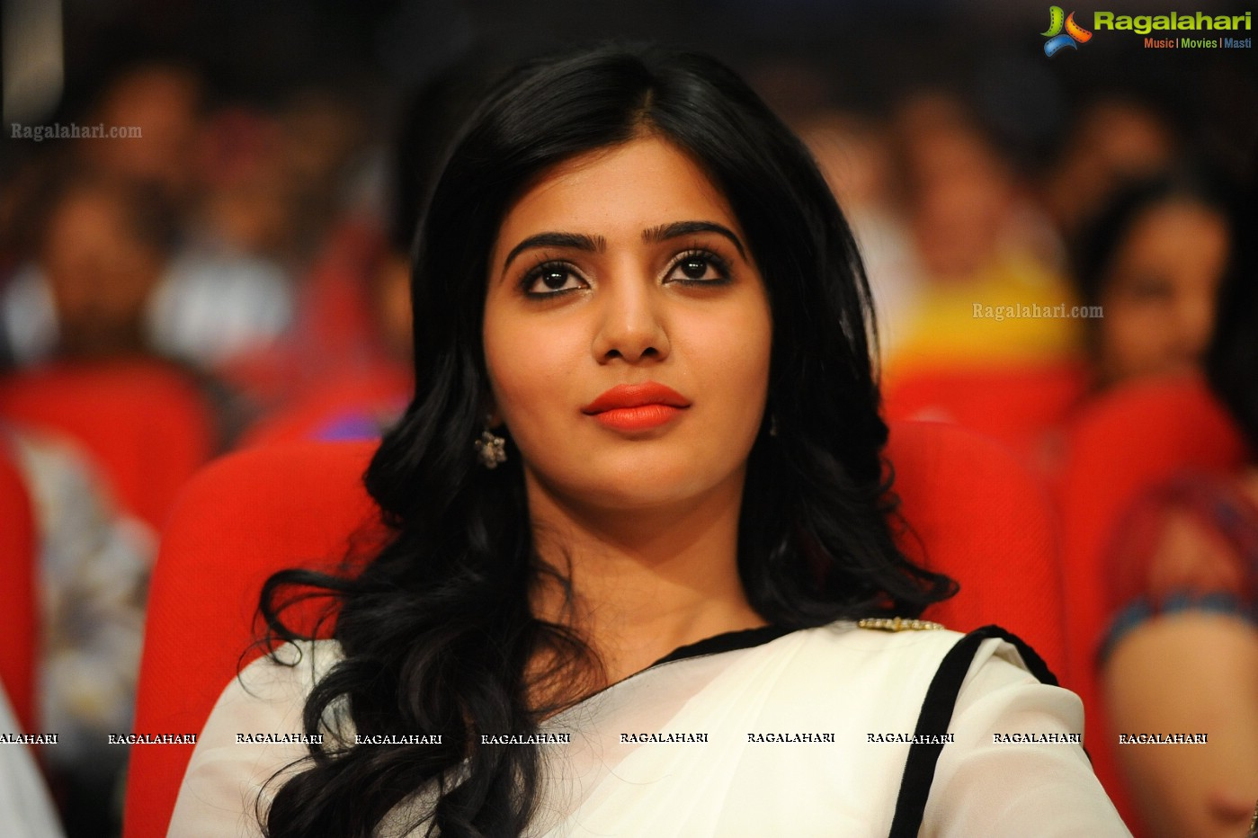 Samantha at SVSC Triple Platinum Disc, Gallery, Images