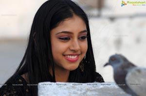 Mumbai Model Niti Taylor Photos