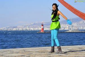 Mumbai Heroine Shanvi High Definition Photos