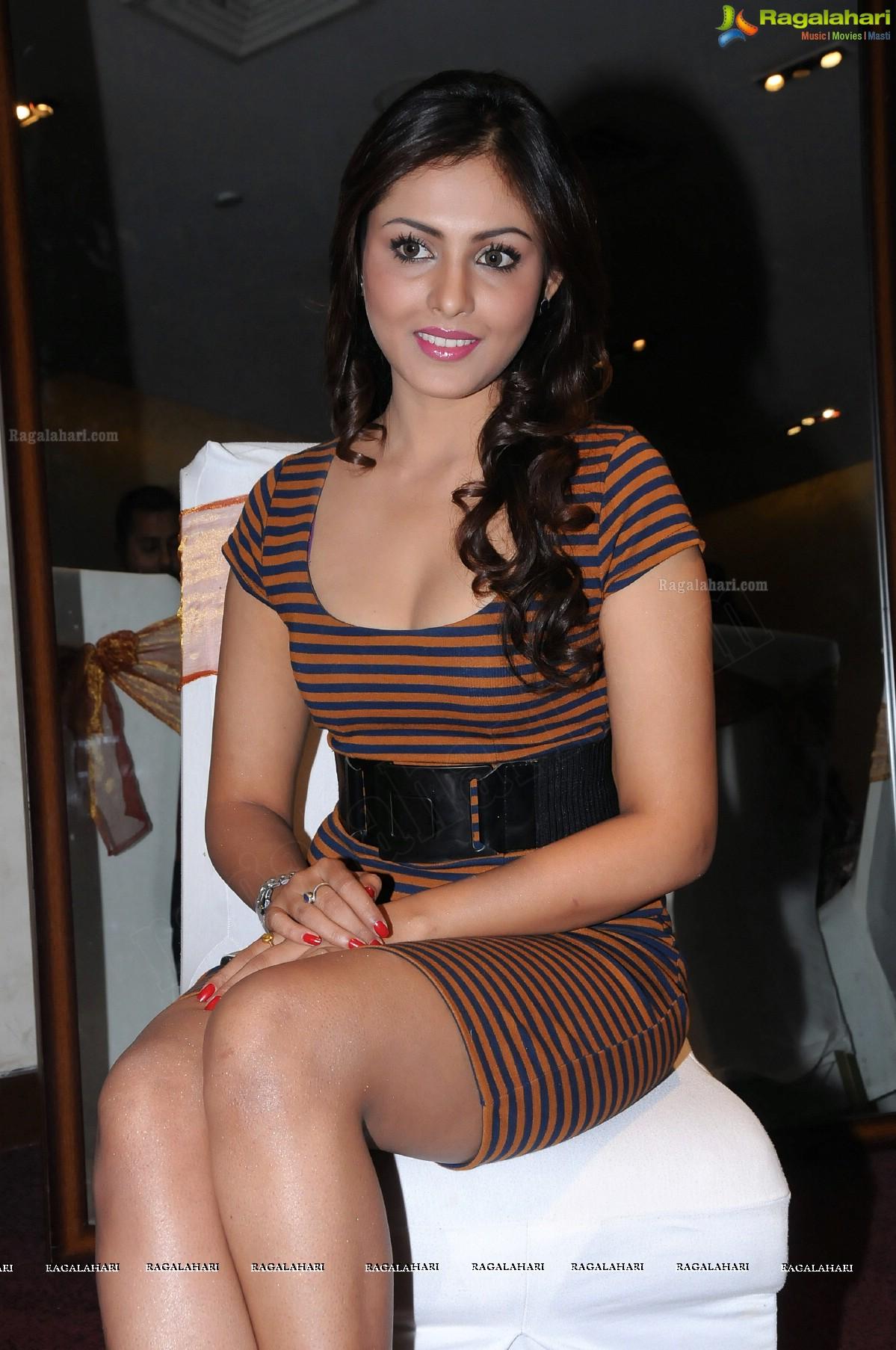 Madhu Shalini (Hi-Res)