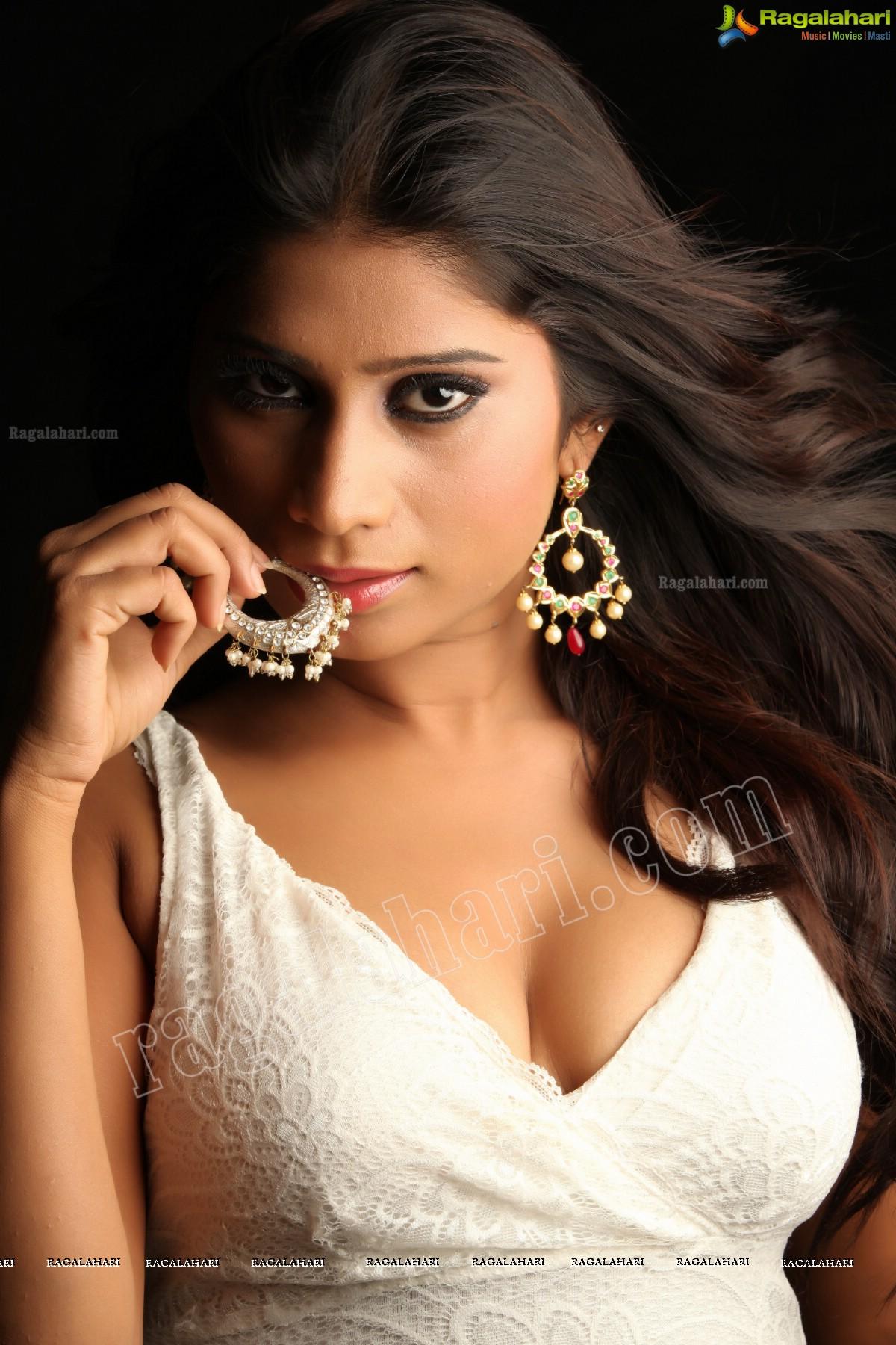 Mithuna Waliya (Exclusive)